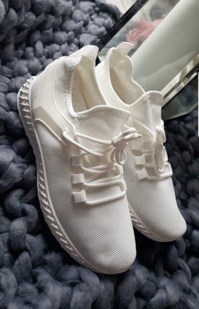 ADIDASY WHITE